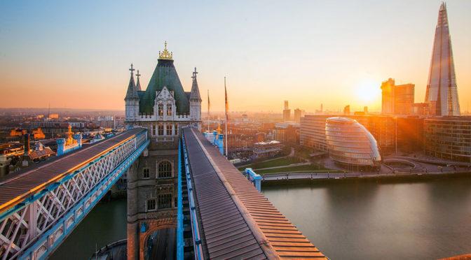lontoo | Top 10 Lentodiilit